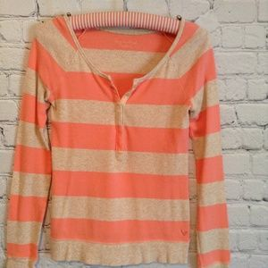 Orange and oatmeal thermal top